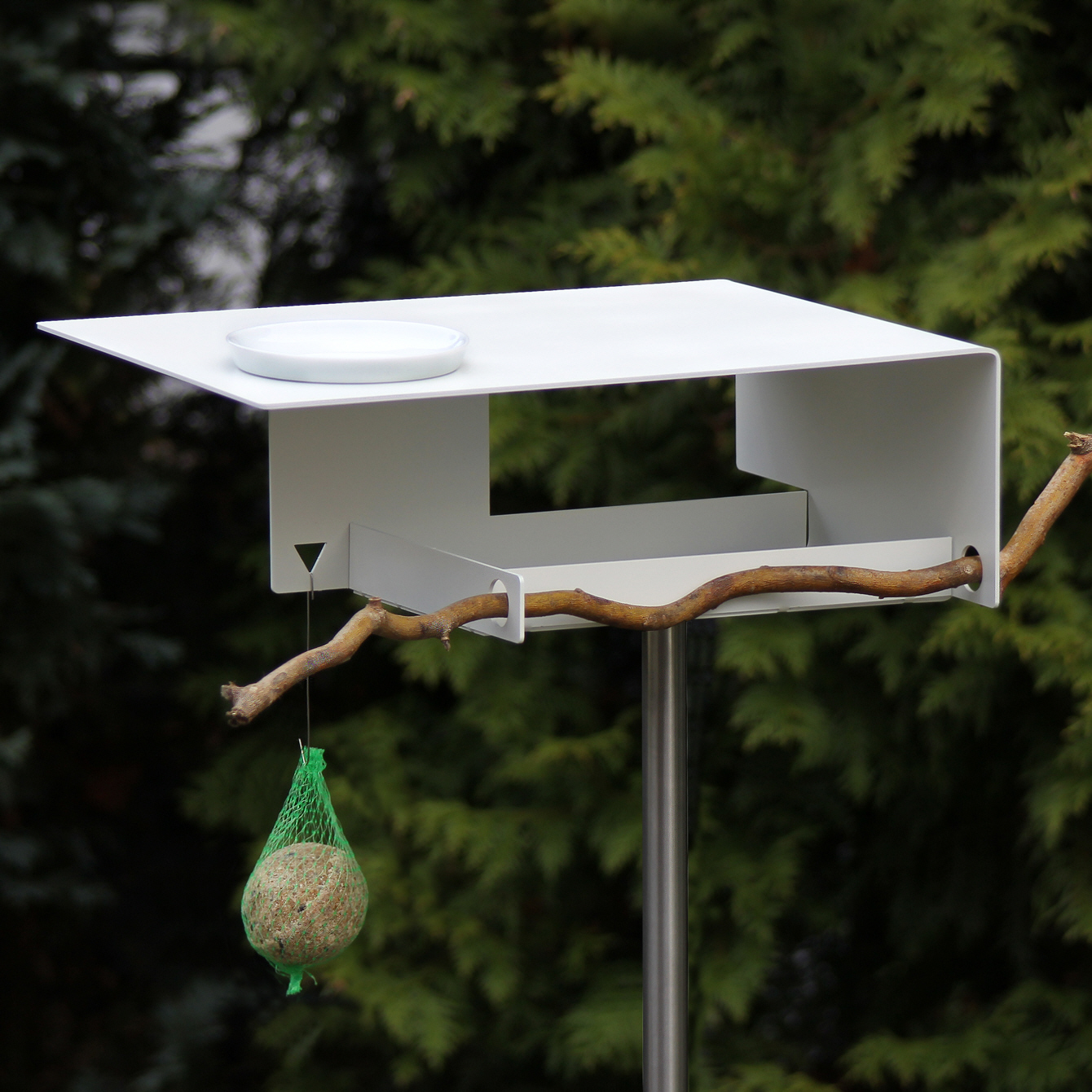 Contemporary Bird Table Pusat Hobi